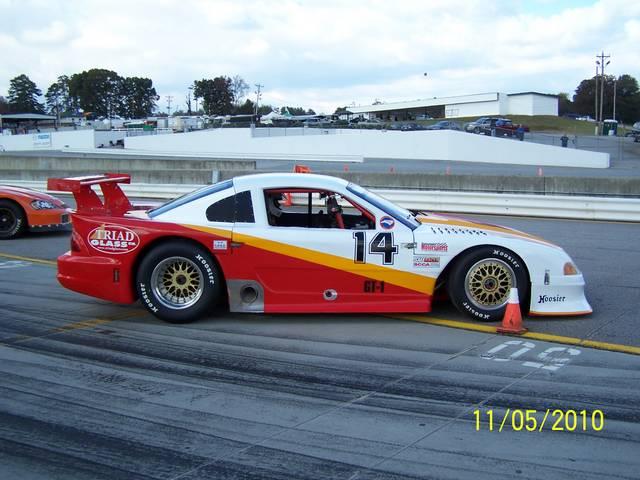 GT1 Mustang